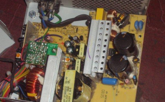 «Вздутые» конденсаторы в блоке